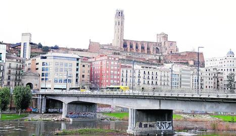 El rescat va tenir lloc en aquesta zona del riu a l'altura del pont Vell.