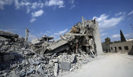 Estat en què van quedar algunes instal·lacions sirianes després de l'atac dels EUA, França i Regne Unit.