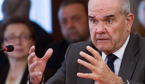 L'expresident andalús Manuel Chaves, durant la seua compareixença, ahir, en el judici.
