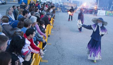 L'espectacle de foc va tenir lloc a la plaça Fondandana.
