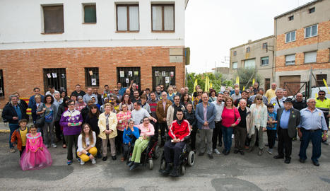 L'acte d'inauguració del carrer 1 d'octubre de Cervera