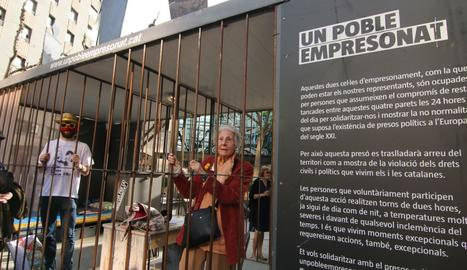 Rosa Fabregat, a la cel·la de la iniciativa 'Un poble empresonat'.