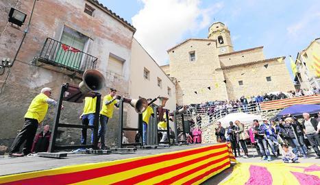 El 'toc a la llibertat' de campanes per reclamar l'alliberament dels Jordis i els polítics independentistes empresonats.