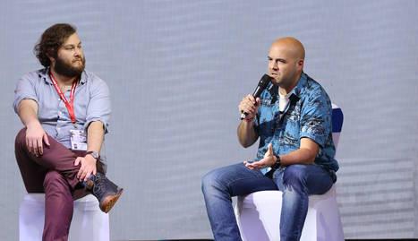 El lleidatà Víctor Correal (dreta), durant una xarrada sobre 'GuideDoc' a la Xina l'any passat.