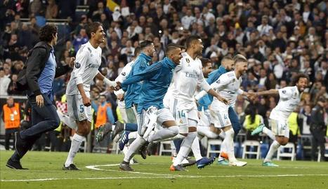 Celebració blanca al Bernabéu.