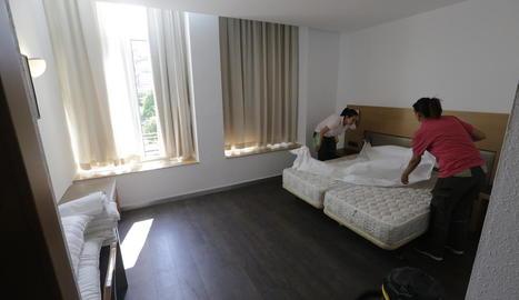 Una de les habitacions de l'hotel, que s'estrenarà avui i ja té reserves.