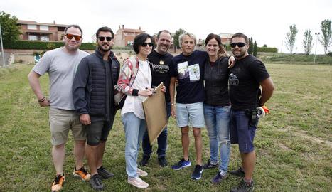 Calleja i l'equip del programa amb l'alcalde, Eloi Bergós (centre).