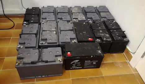 Imatge de les bateries recuperades.