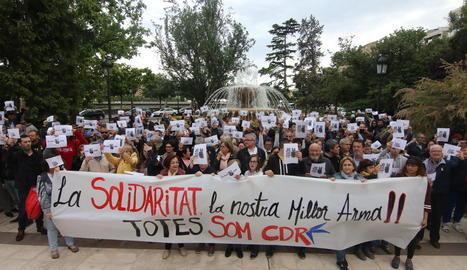 Imatge de la concentració davant de la subdelegació del Govern espanyol a Lleida.