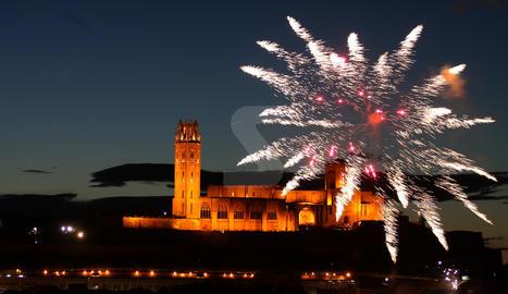 El castell de focs de la festa major de Lleida.