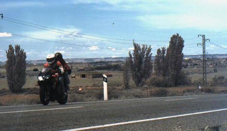 Imatge de la moto a 188 km/h captada dilluns a les 12.52 hores pel radar dels Mossos.