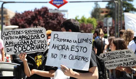 Estudiants en la marxa d'ahir contra Cifuentes a Madrid.