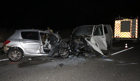 Estat en el qual van quedar els dos vehicles implicats en el xoc mortal de dimecres a l'N-240.
