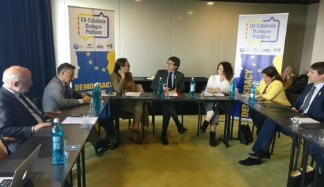 Puigdemont es va reunir amb una plataforma d'eurodiputats.