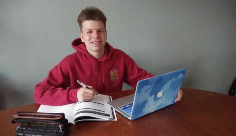 L'alumne del Joan Oró Roc Bellostas, aquest curs a Irlanda.