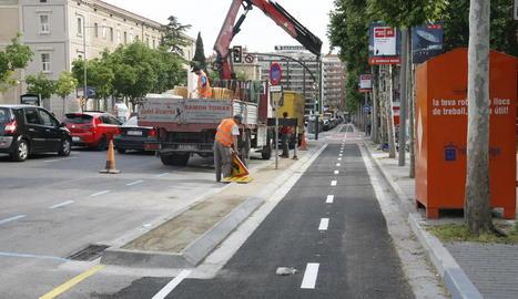 El carril bici de la rambla d'Aragó ja està gairebé llest.