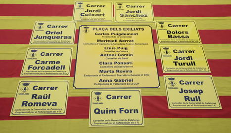 Les plaques que es col·locaran als carrers i a la plaça de Torrelameu.