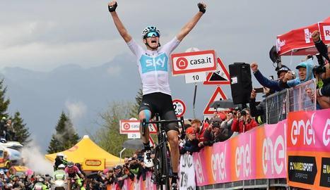Chris Froome celebra el seu primer triomf al Giro d'Itàlia.