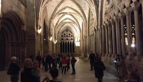 Més de 300 persones van visitar la Seu Vella en la Nit dels Museus.