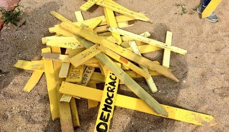 Tres ferits en un enfrontament per creus grogues a Canet de Mar