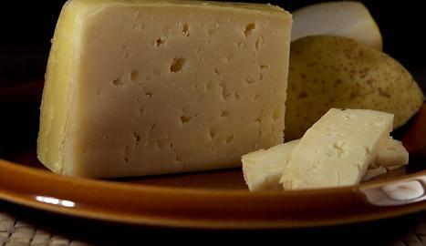 Imatge d'arxiu d'un formatge.