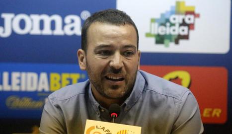 Jordi Esteve, diretor esportiu del Lleida, ahir durant la compareixença davant els mitjans.