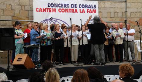 Concert contra la fam de Mans Unides al Pati de les Comèdies