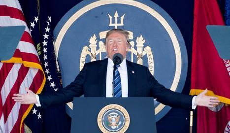 Donald Trump ahir durant un acte de l'Acadèmia Naval, a Maryland, Estats Units.