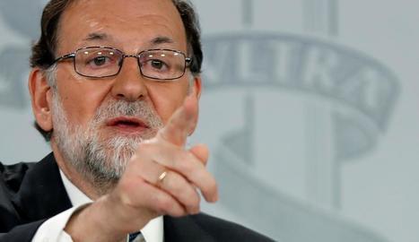 """Rajoy acusa Sánchez de """"debilitar Espanya"""" per """"interès personal"""""""