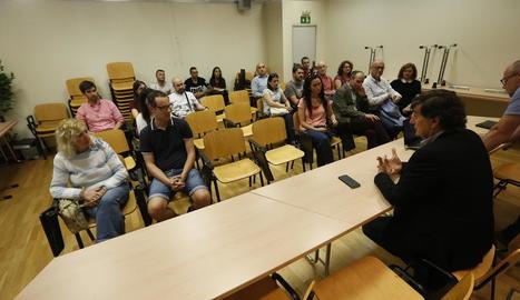 Una situació enquistada - A la preinscripció de l'any passat, l'escola bressol de Cappont, ubicada als Camps Elisis, ja va ser la que va registrar un nombre més elevat de sol·licituds sobrants a la ciutat de Lleida, encara que en aquesta oc ...