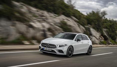 Funcions com la conducció semiautònoma o fars Multibeam led, fins ara reservades a categories superiors, desembarquen al vehicle, que arriba al mercat aquest mes.