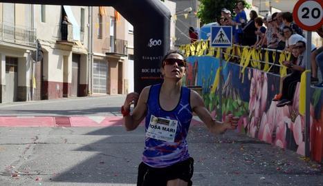 Rosamari Carulla, al moment de creuar la línia de meta, ahir a Corbins.