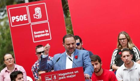 El secretari d'Organització del PSOE, José Luis Ábalos, va intervenir a la Festa de la Rosa de la localitat valenciana de Torrent.