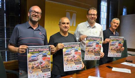 L'organització va presentar ahir la 26 edició del Premi Ara Lleida d'autocròs de Mollerussa.