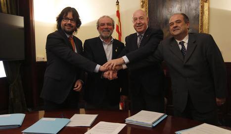 Font, Reñé, Barrera i Serrano, ahir en la presentació de les al·legacions al projecte per a l'N-230.