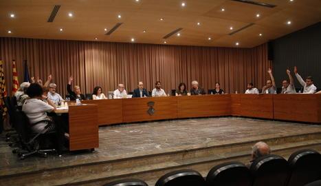 Imatge d'arxiu d'un ple de l'ajuntament de Balaguer.