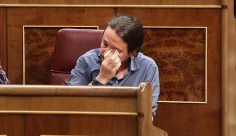 Pablo Iglesias s'emociona durant la seua intervenció al Congrés dels Diputats.