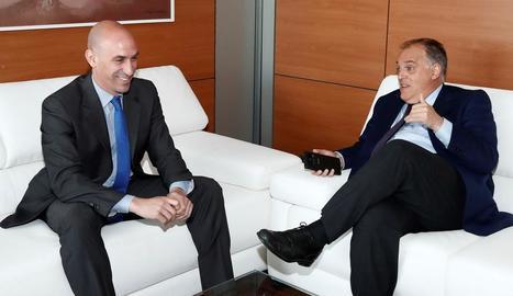 Luis Rubiales i Javier Tebas, a la reunió que van mantenir a Madrid.
