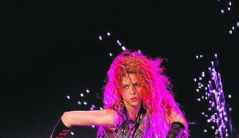 Shakira va interpretar ahir a Hamburg la cançó 'She Wolf'.