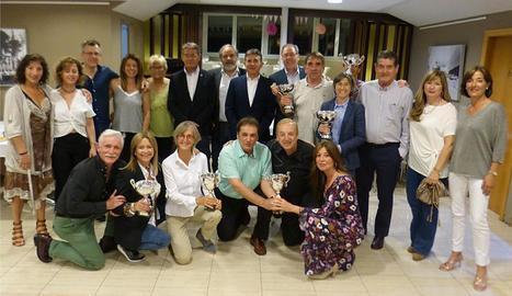 A la imatge, els guanyadors i participants del torneig durant la gala d'entrega de trofeus.