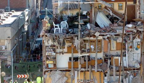 Les obres del metro enfonsen part del barri del Carmel