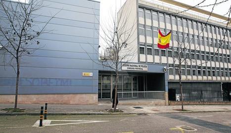 Vista general de les instal·lacions de la comissaria de la Policia Nacional a Lleida ciutat.