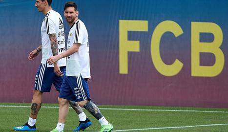 La selecció argentina, amb Leo Messi al capdavant, prepara el Mundial a les instal·lacions del Barça.