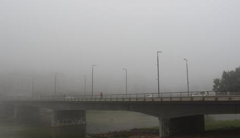 Boira ahir al matí a Lleida ciutat.