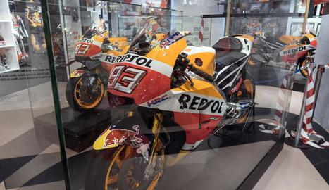 La moto amb què Marc Màrquez va guanyar el Mundial de l'any passat ja és al seu museu.