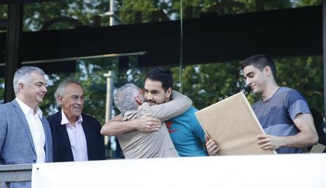 Juampi Sutina i Marc Rubín de Celis, protagonistes de la festa de final de temporada del club.