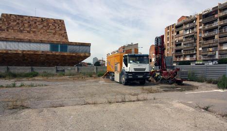 Els treballs solar annex de la Llotja.