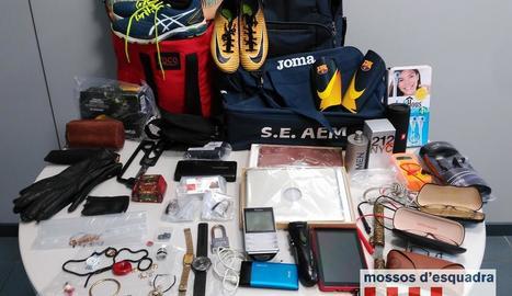 Objectes recuperats pels Mossos als tres lladres.