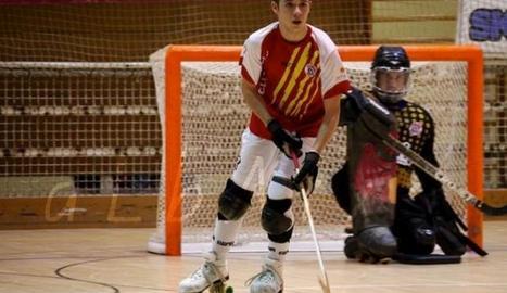 Pol Franci, en un acció d'un partit quan jugava al Bell-lloc.