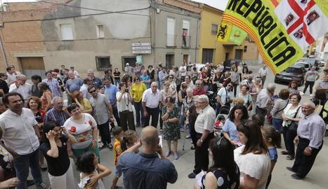Familiars de Junqueras i Serret es van desplaçar a Torrelameu i van rebre una càlida benvinguda.